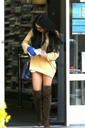 Vanessa Hudgens Casual Style - Leaving Walgreens in LA, August 2015