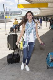 Victoria Justice Airport Style - at JFK, August 2015