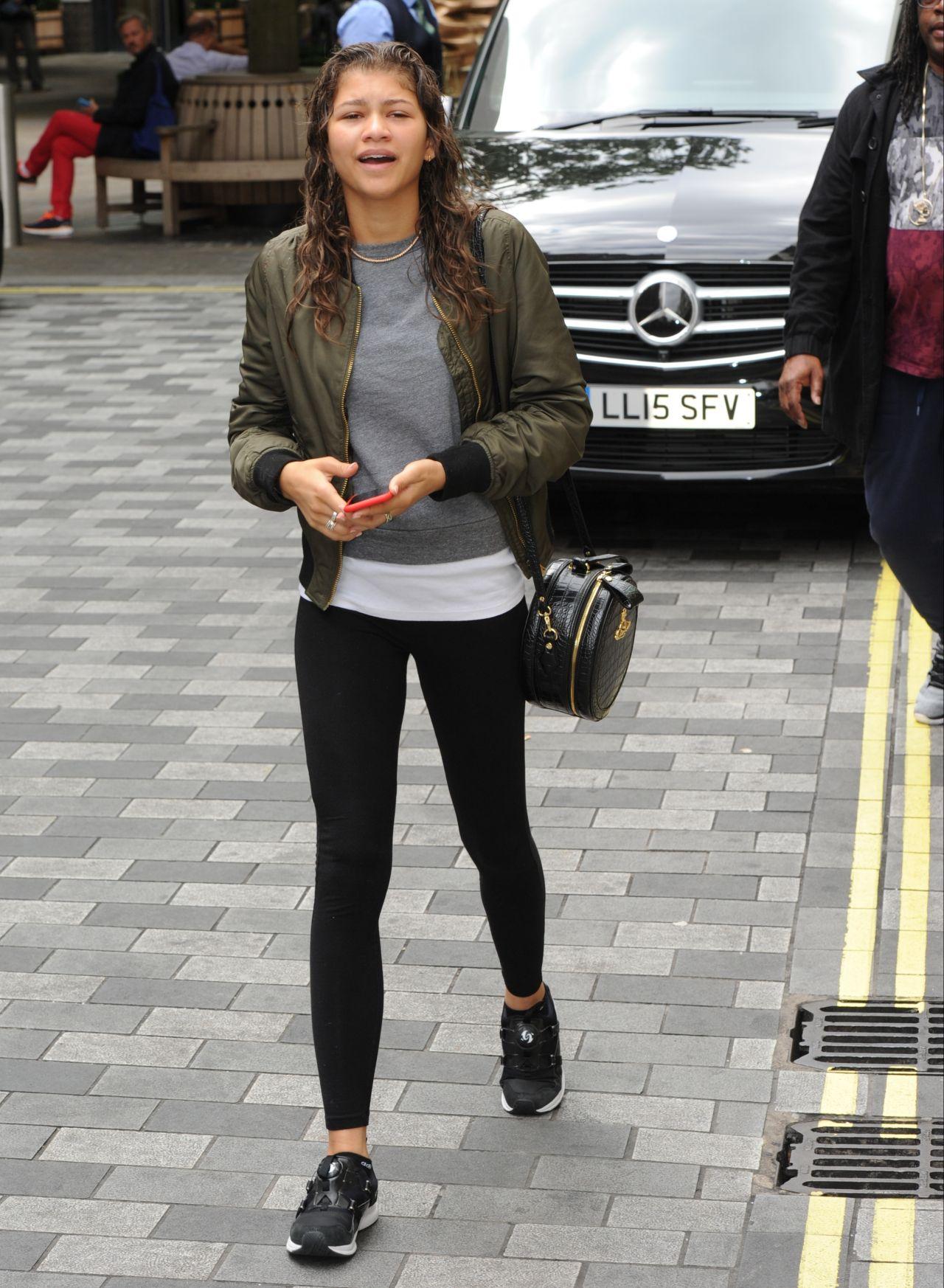 Zendaya coleman in tights