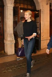 Nicole Kidman Leaving The Noel Coward Theatre in London, September 2015