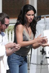 Adriana Lima Booty in Jeans - Vogue Eye Wear Line Photoshoot in Los Angeles