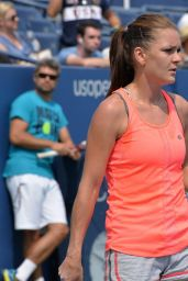 Agnieszka Radwanska - Practice Session in New York, August 20158