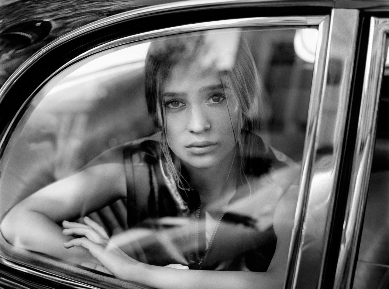 Alicia Vikander - Port...