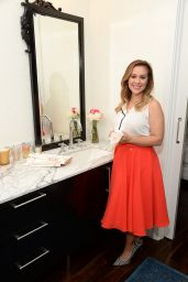 Alyssa Milano - Alyssa Milano Signature Designs by Viva Towels Launch in West Hollywood