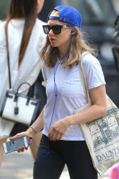 Amanda Seyfried in Leggings - Out in New York City, September 2015