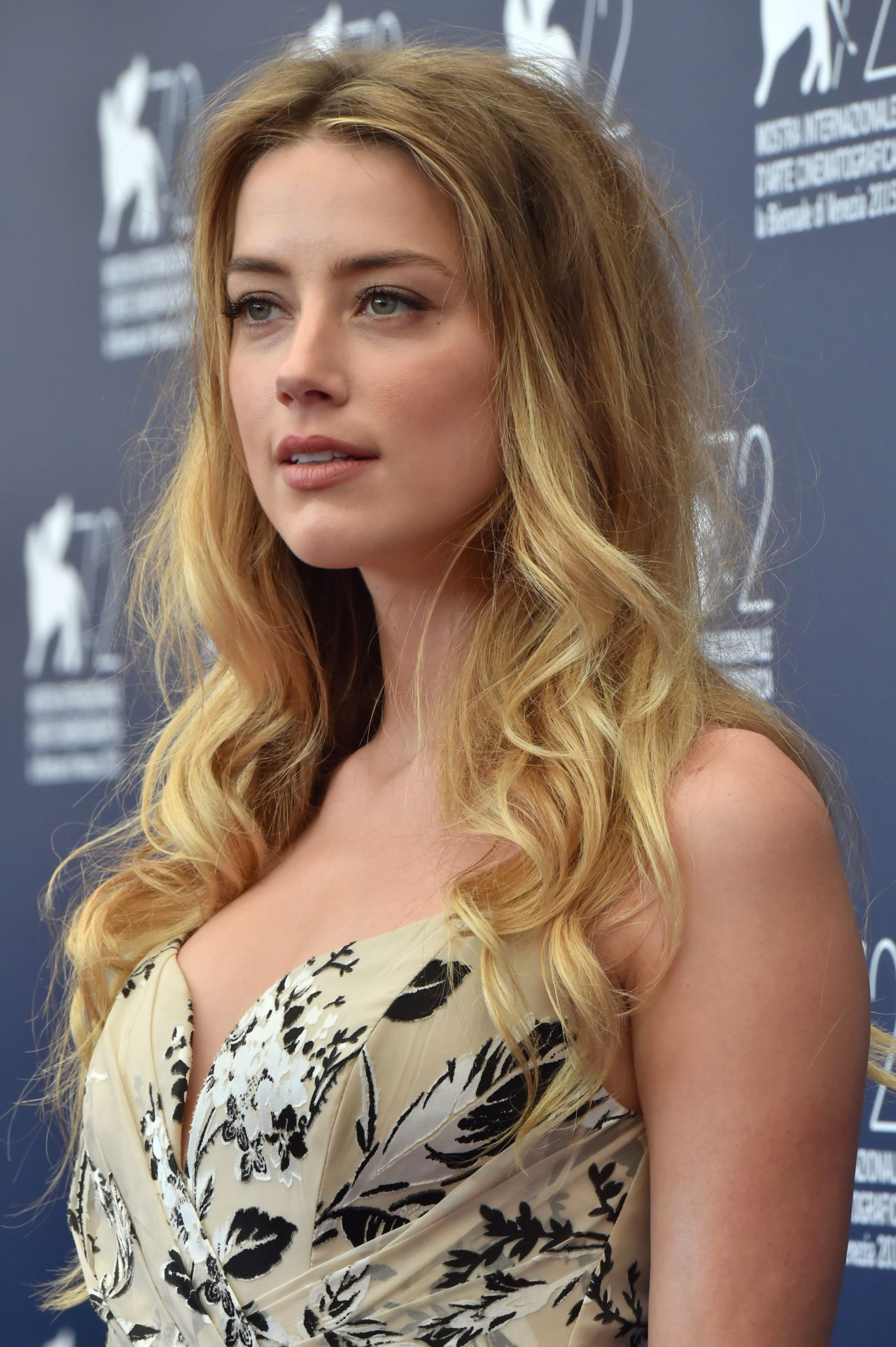 Amber Heard Is The Most Scientifically Beautiful Woman: 'The Danish Girl' Photocall