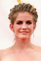 Anna Chlumsky – 2015 Primetime Emmy Awards in Los Angeles