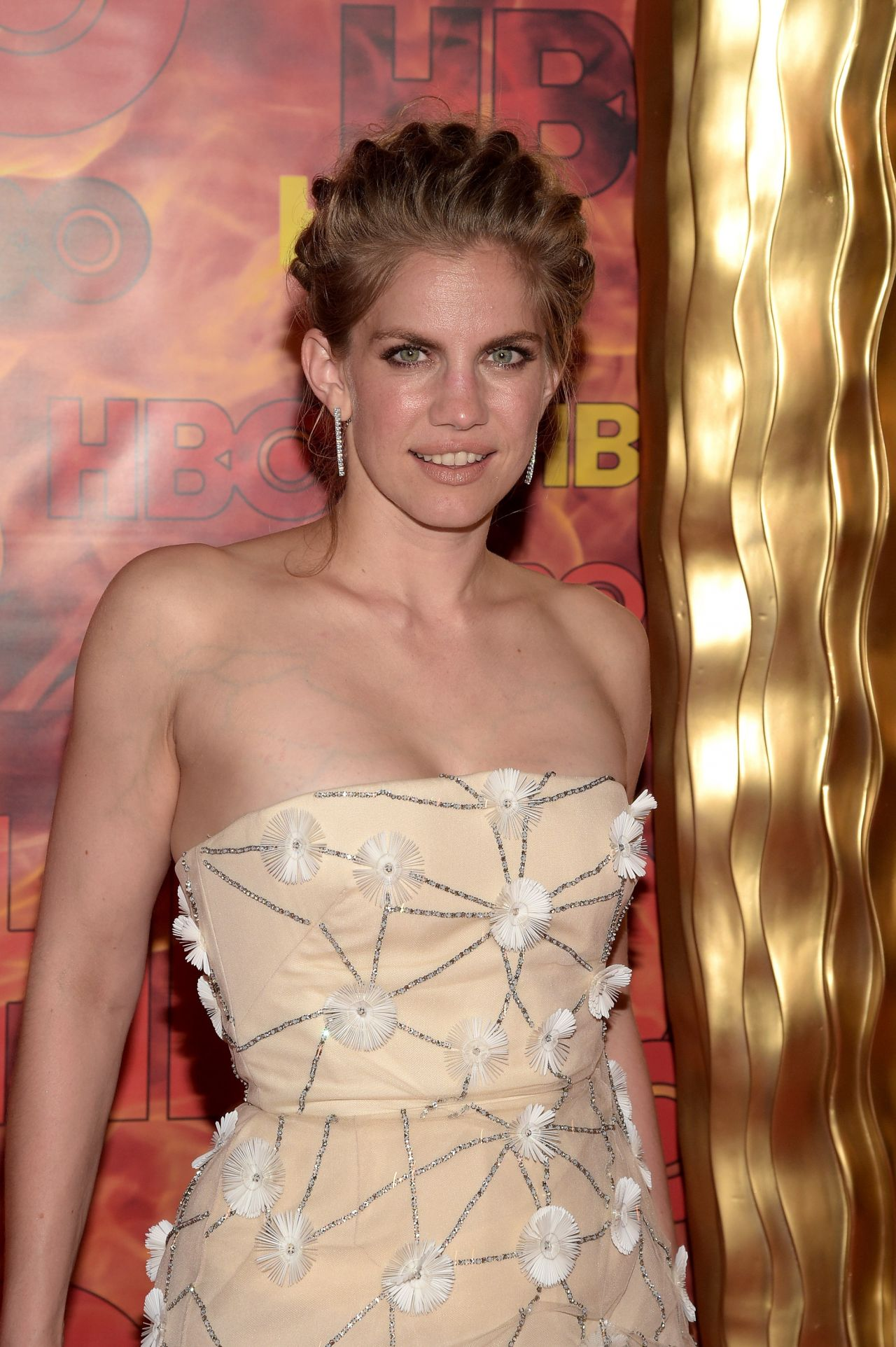 Anna Chlumsky Hbo S 2015 Emmy After Party In West Hollywood