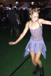 AnnaSophia Robb - 90sFEST Pop Culture And Music Festival in New York City