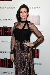anne-hathaway-cinema-society-and-ruffino-host-a-screening-of-the-intern-in-new-york-city_4