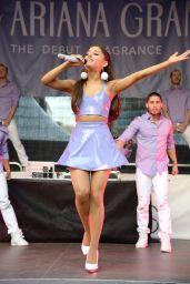 Ariana Grande -