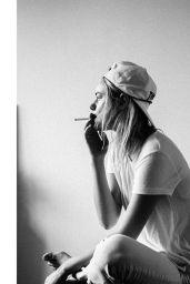 Camille Rowe – Twitter, Instagram and Personal Pics, September 2015