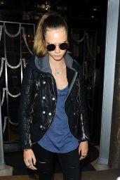 Cara Delevingne Casual Style - Leaving Claridge