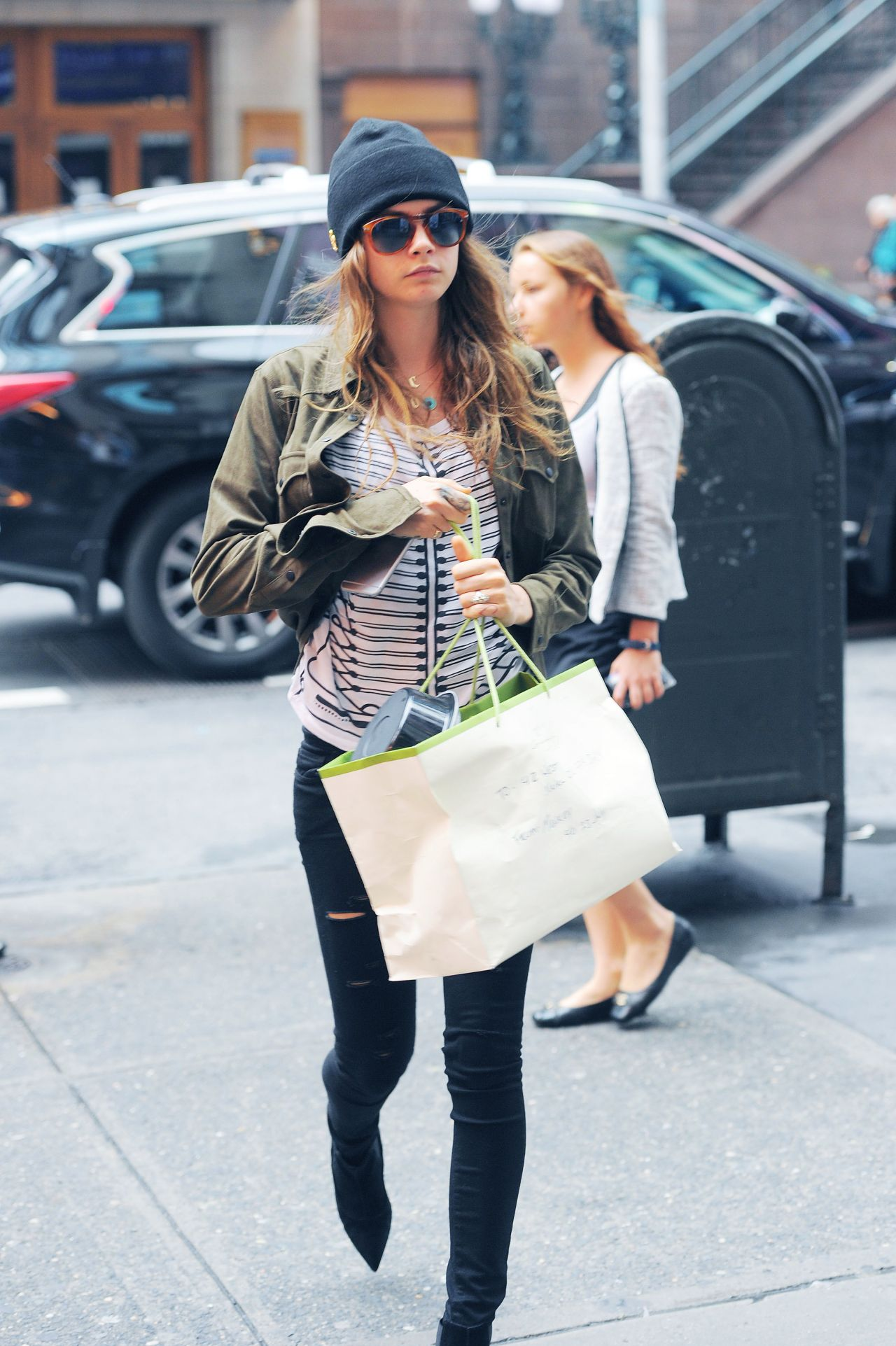 cara delevingne casual style out in nyc september 2015