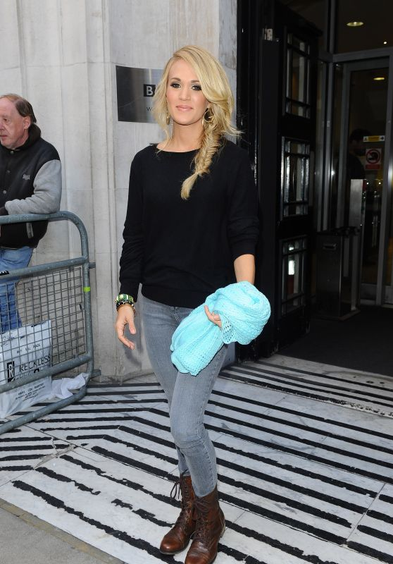 Carrie Underwood - BBC Radio in London, September 2015