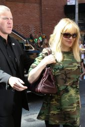 Courtney Love Arrives at the Kanye West Fashion Show in New York, September 2015