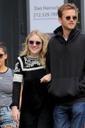 Dakota Fanning Out in SoHo, New York City, September 2015
