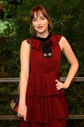 Dakota Johnson - Gucci Spring-Summer 2016 Show - Milan Fashion Week