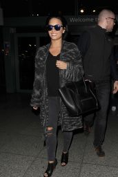 Demi Lovato Airport Style - Heathrow Airport in London, September 2015