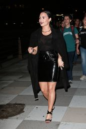 Demi Lovato - Made Her Music Video CONFIDENT With Fans in Tribeca New York