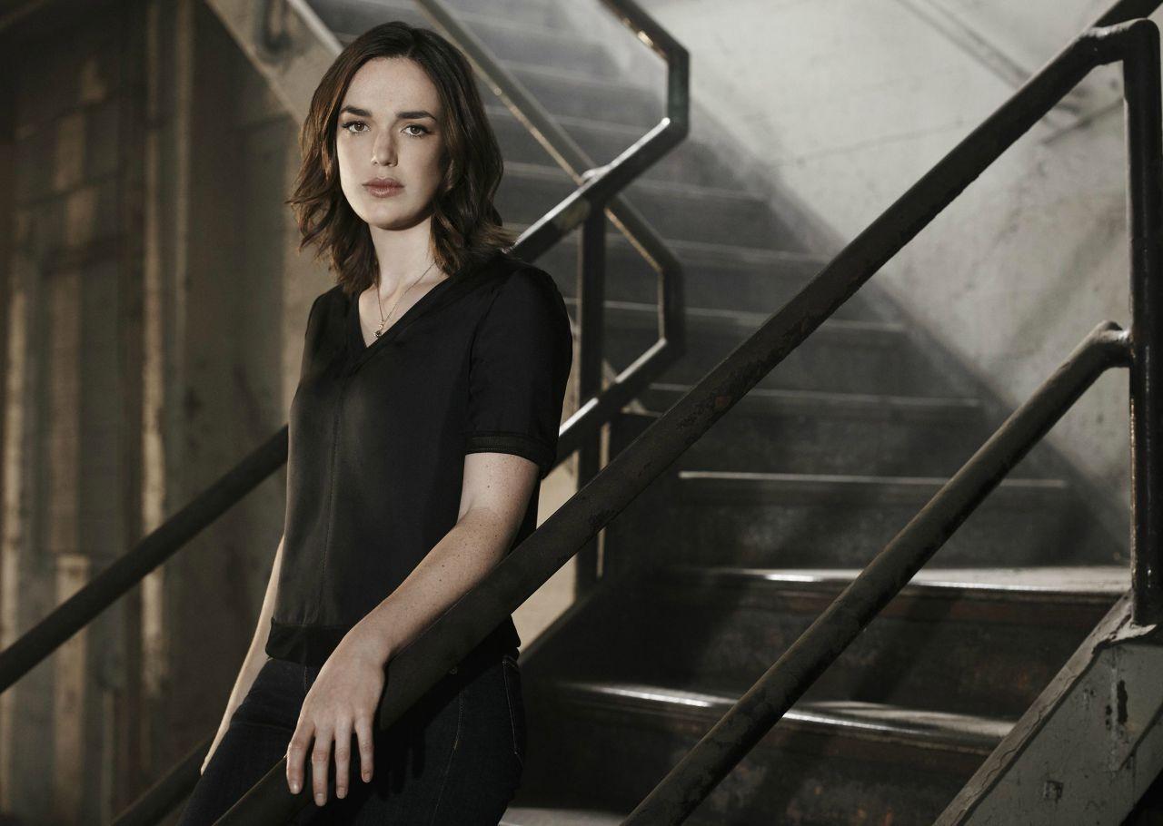 Elizabeth Henstridge - Agents of SHIELD Season 3 Promos ...