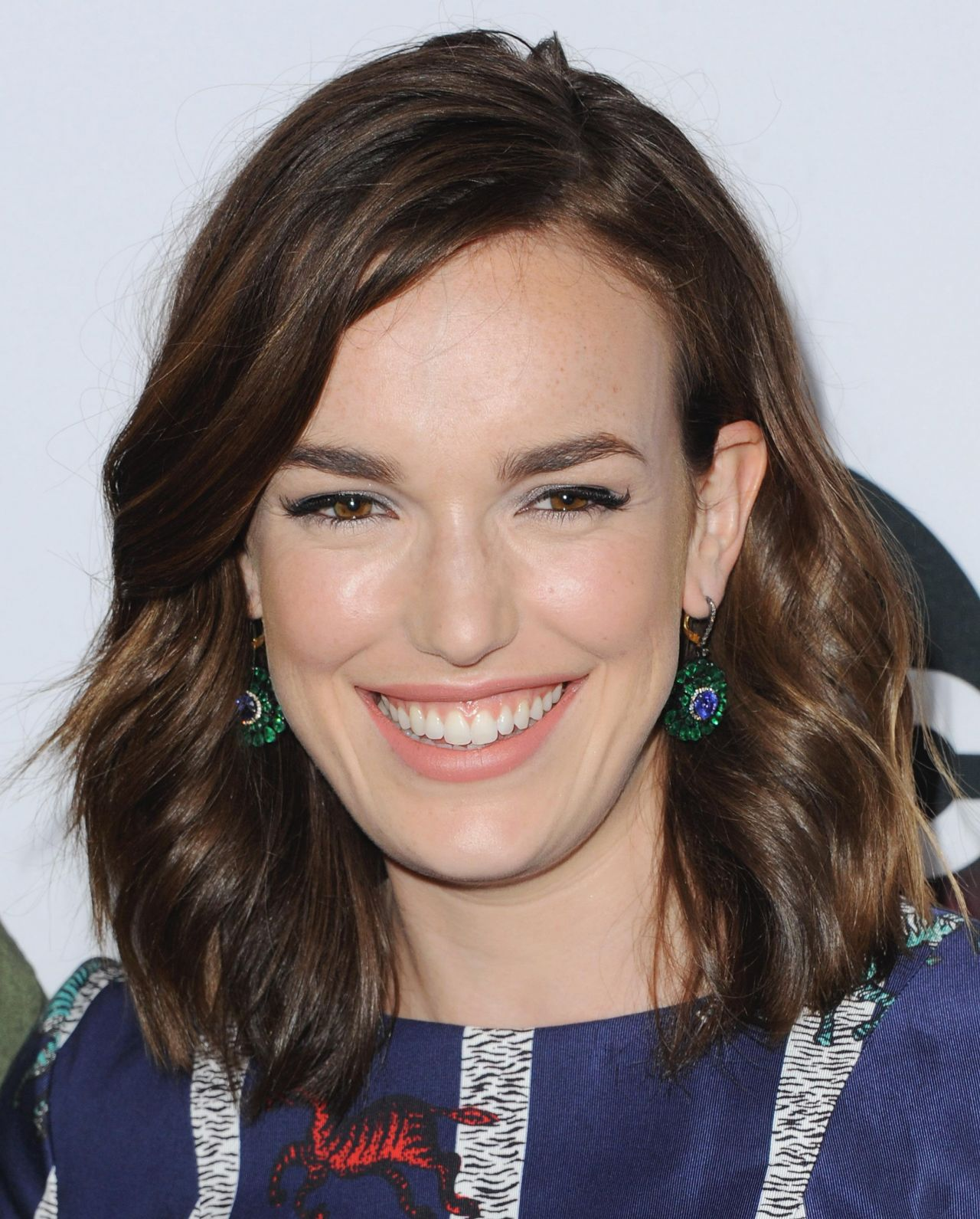 Elizabeth Henstridge Nude Photos 99