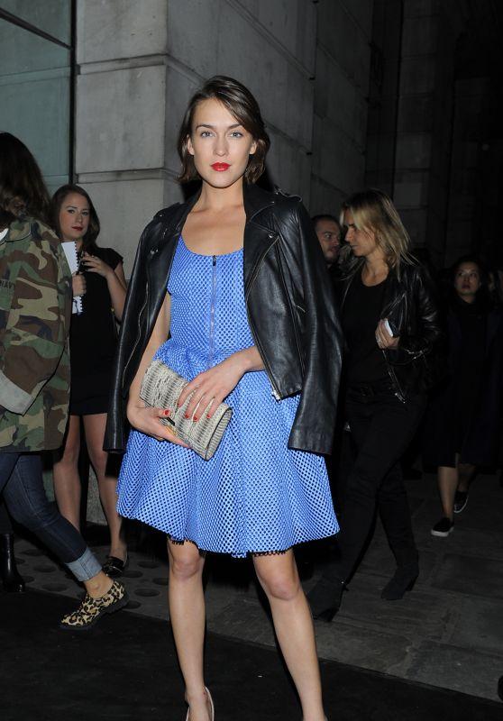 Ella Catliff - Versus Show - London Fashion Week, September 2015