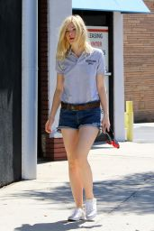 Elle Fanning - Out in Studio City, September 2015