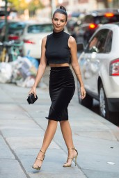 emily-ratajkowski-out-in-new-york-city-september-2015_1