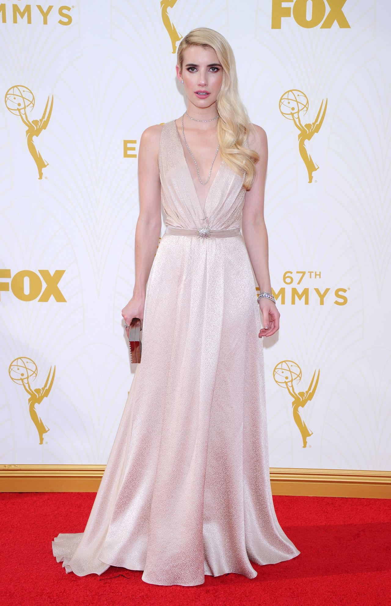 Daytime Emmy Awards 2018 Red Carpet Fashion: See All the 61