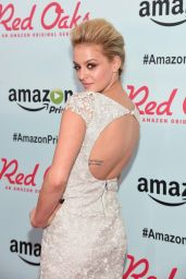 Gage Golightly – 'Red Oaks' Premiere in NYC