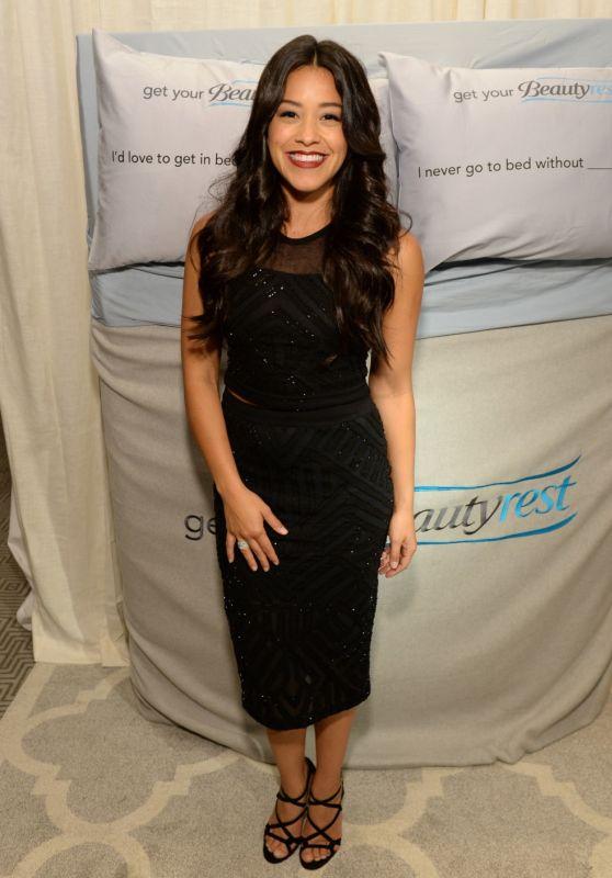 Gina Rodriguez - EXTRA
