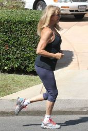 Goldie Hawn in Leggings - Out for a Walk in Brentwood, September 2015