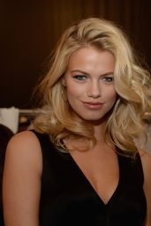 Hailey Clauson – Diane Von Furstenberg Spring 2016 Fashion Show in NYC