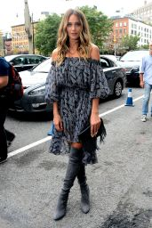 Hannah Davis - Diane Von Furstenberg Spring 2016 Fashion Show in NYC