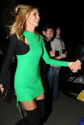 Heidi Klum - Versace Fashion Show in Milan, September 2015