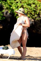 Hilary Duff Bikini Photos - Hawaii, September 2015
