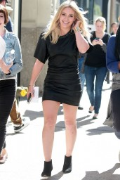 hilary-duff-hot-style-heading-to-the-set-of-younger-in-nyc_1