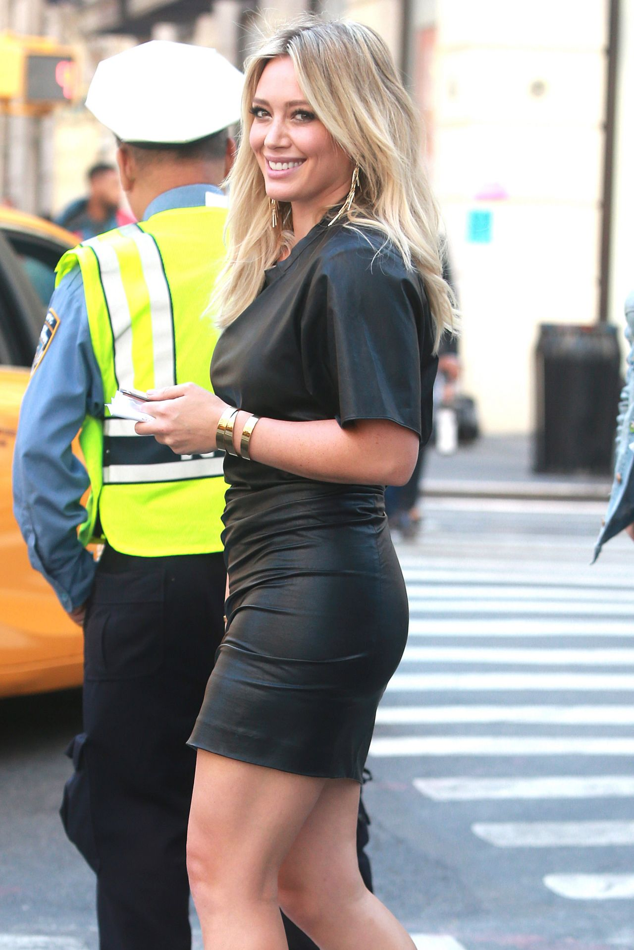 Hilary Duff Hot Style Heading To The Set Of Younger In Nyc Celebmafia