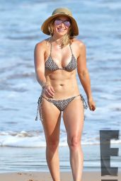 Hilary Duff in a Bikini in Hawaii, September 2015