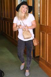 Hilary Duff Leaving a Doctor