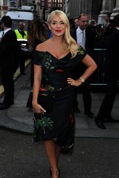 Holly Willoughby - Pride of Britain Awards 2015 in London