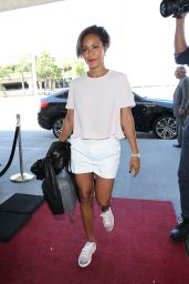 Jada Pinkett Smith - Spotted at LAX Airport, September 2015