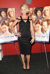 Jenna Elfman -