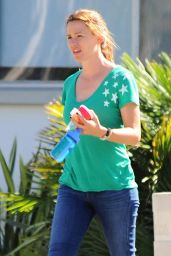 Jennifer Garner - Running Errands in Santa Monica, September 2015