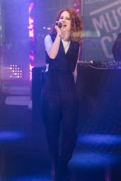 Jess Glynne - Performs on Stage During a Launch for MUSIC CUBE