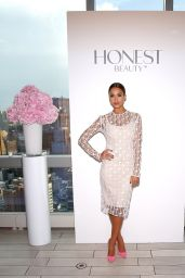 Jessica Alba - Honest Beauty Launch at the Trump Soho in New York City