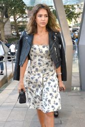 Jessica Alba - Tory Burch Fashion Show in NYC, September 2015