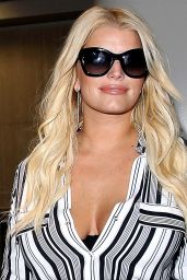 Jessica Simpson Airport Style - at LAX Airport in Los Angeles, September 2015