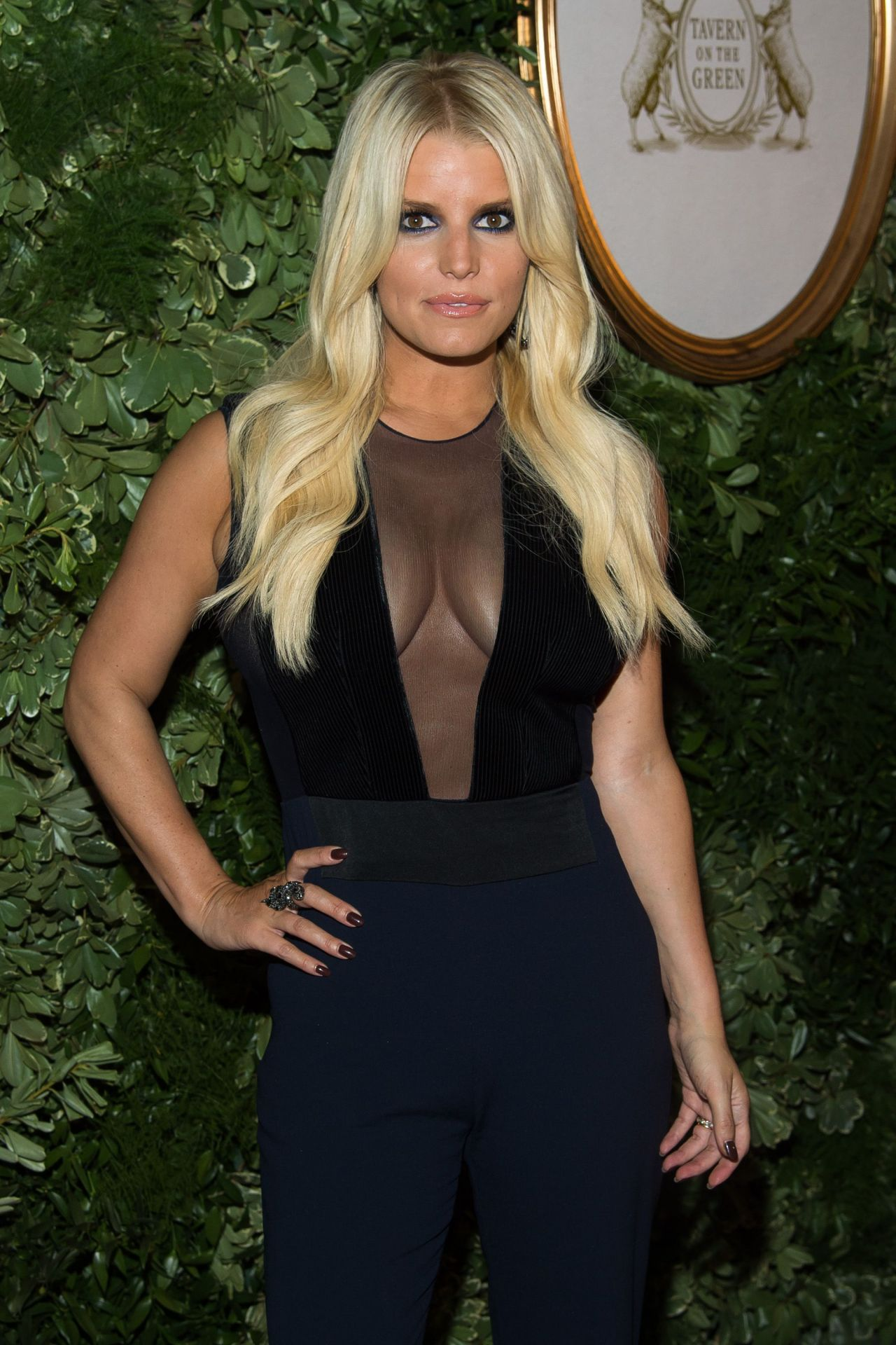 who is jessica simpson dating 2015 Keen to find out who is jessica simpson boyfriend get your facts straight - find out who is the latest jessica simpson boyfriend / lover.